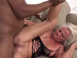 Mature sexual anal screaming wants that big cock in ass pussy deep cum swallow