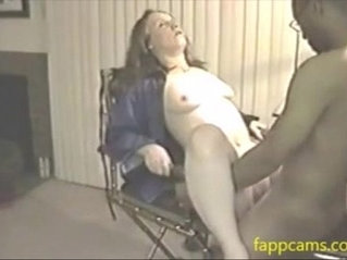 203-cuckold wife waiting for bbc
